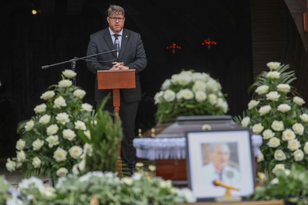 20180815 labdarúgás Szepesi György temetése Farkasréti temetõ