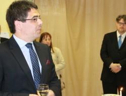 Dr. Zsigmond Barba Pál, Magyarország csíkszeredai főkonzulja, jobbra Szöllősi György, az MSÚSZ elnöke